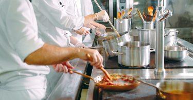 Nuevas ofertas de trabajo de camarero y cocinero en Madrid